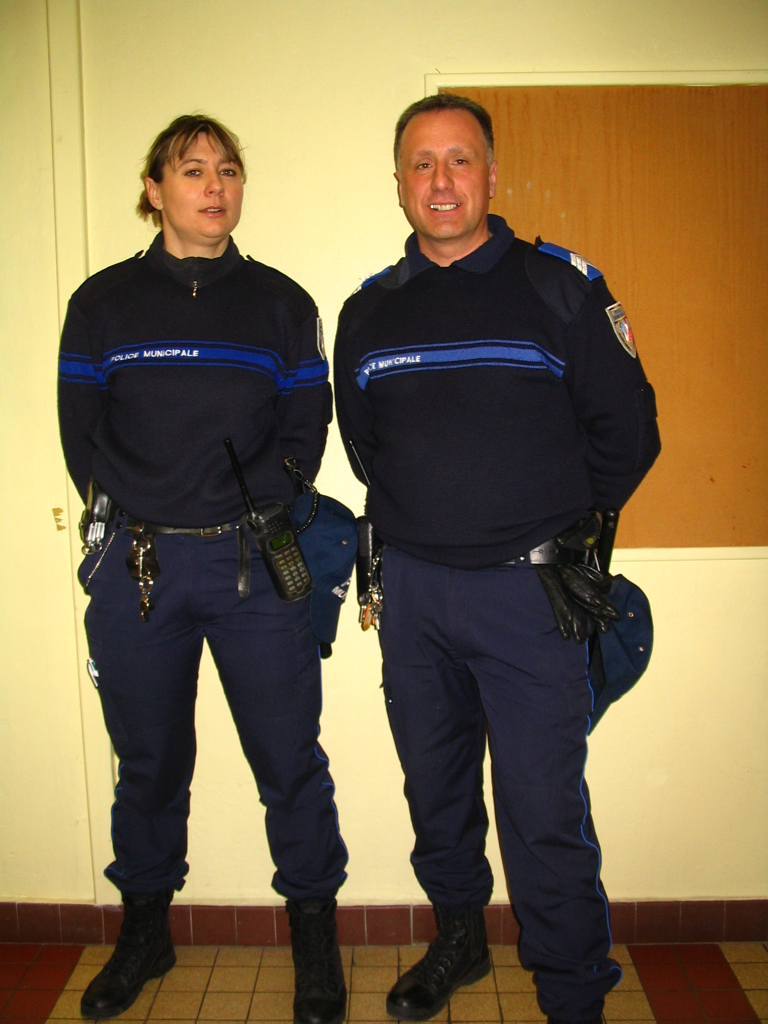 rencontre avec des homme policier)